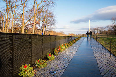 Photograph - Vietnam Veterans Memorial by Bill Howard