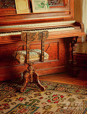 Photograph - Vintage Piano by Jill Battaglia