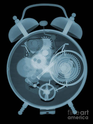 Photograph - X-ray Of An Alarm Clock by Ted Kinsman