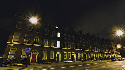 Photograph - 20 Gower Street A By Night by Jacek Wojnarowski