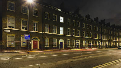 Photograph - 20 Gower Street B By Night by Jacek Wojnarowski