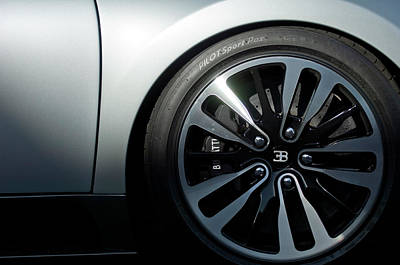 Photograph - 2008 Bugatti Veyron Wheel by Jill Reger