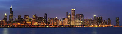Night Scenes Photograph - 2010 Chicago Skyline by Donald Schwartz