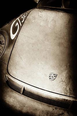 Gt3 Rs Photograph - 2011 Porsche Gt 3 Rs Hood Emblem -0710s by Jill Reger