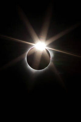 Photograph - 2017 Eclipse by Cliff Wassmann