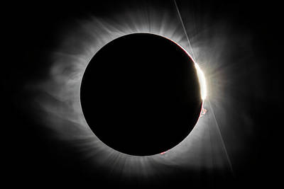 Photograph - 2017 Eclipse - Diamond Ring by Chris Austin