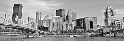 Photograph - 2017 Panoramic Black And White Pittsburgh View by Frozen in Time Fine Art Photography