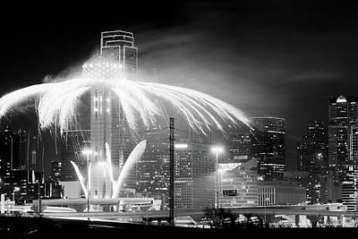 Photograph - 2018 Reunion Tower Dallas Nye Bw V3 by Rospotte Photography