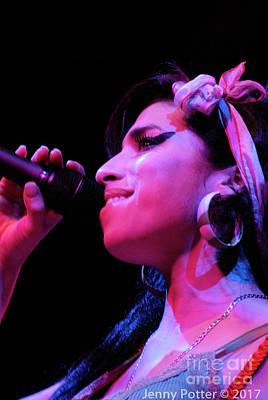 Photograph - Amy Winehouse Photo 22 by Jenny Potter