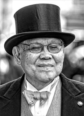 Easter Parade Photograph - Easter Parade Nyc 2015 by Robert Ullmann