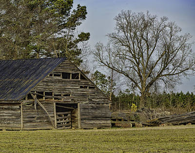 Photograph - Old Barn by Pete Federico