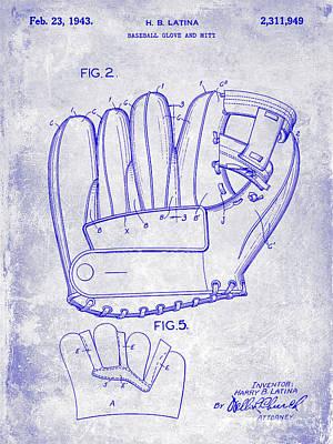 Babe Ruth World Series Photograph - 1943 Baseball Glove Patent by Jon Neidert