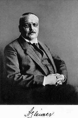 Photograph - Alois Alzheimer, German Neuropathologist by Science Source
