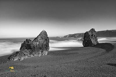 Photograph - Beach, Rocks And Surf by Jim Thompson
