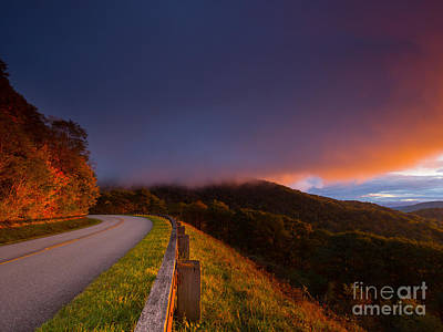 Photograph - Blue Ridge Parkway. by Itai Minovitz