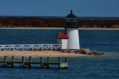 Photograph - Brant Point Lighthouse Nantucket by Jeff Folger