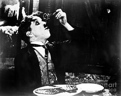 Chaplin: Gold Rush. 1925 Art Print by Granger