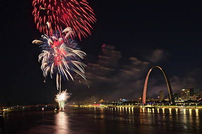 Photograph - Fireworks At The Arch - 1 by Harold Rau