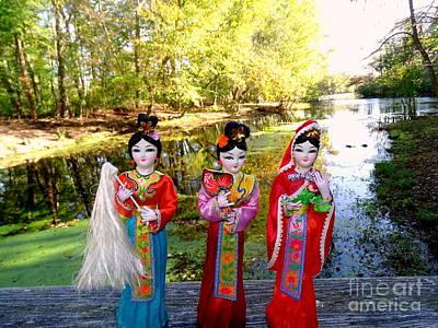 Photograph - 3 Geisha Girls by Ed Weidman