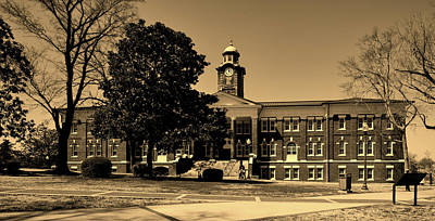 Photograph - Historic White Hall - Tuskegee University by L O C