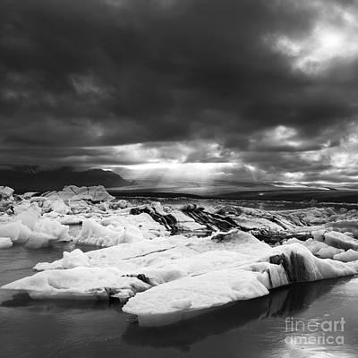 Photograph - iceland Jokulsarlon by Gunnar Orn Arnason
