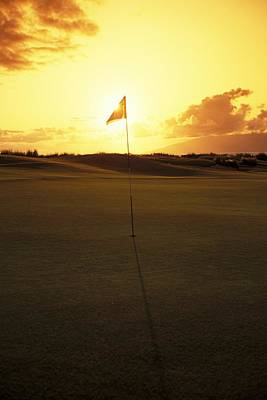 Putt Photograph - Kapalua Golf Club by Carl Shaneff - Printscapes