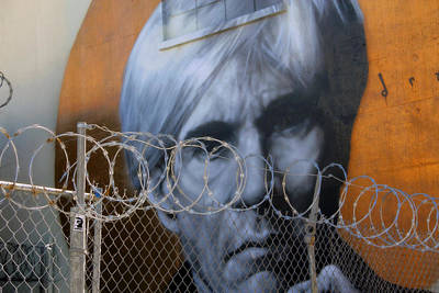 Photograph - La Street Art by Jim McCullaugh