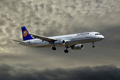 Jet Photograph - Lufthansa Airbus A321-131 by Smart Aviation