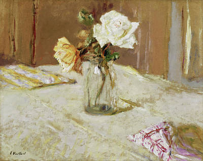 Rosa Painting - Roses In A Glass Vase by Edouard Vuillard