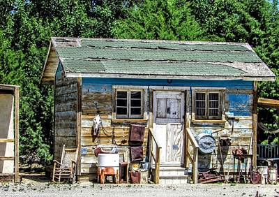 Photograph - Rural Living by Marilyn Diaz