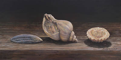 Painting - 3 Seashells by Marty Garland