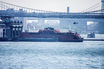 Ferry In New York Photograph - Staten Island Ferry  by William Rogers