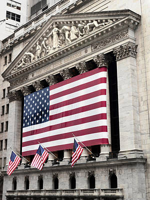 Flag Photograph - The Facade Of The New York Stock by Justin Guariglia