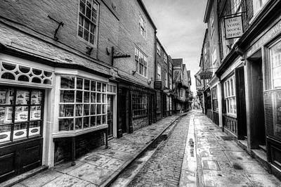 Photograph - The Shambles York by David Pyatt