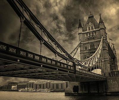 Tower Bridge Art Print by Martin Newman