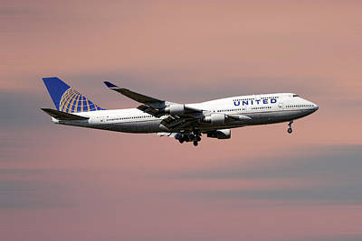 Mixed Media - United Airlines Boeing 747-422 by Smart Aviation