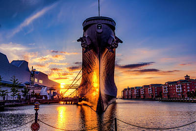 Photograph - Uss Wisconsin Bb64 by Pete Federico