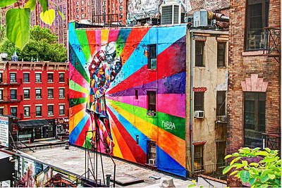 Photograph - V - J Day Mural By Eduardo Kobra by Allen Beatty