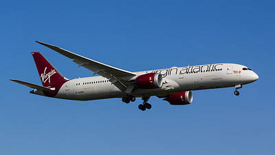 Boeing 787 Dreamliner Photograph - Virgin Atlantic Boeing 787 by David Pyatt