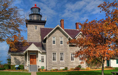 Photograph - 30 Mile Point Lighthouse 13909 by Guy Whiteley