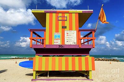 Photograph - 30th Street Lifeguard Tower by John Rizzuto