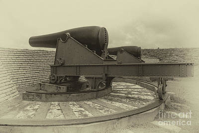 Photograph - 32 Pounder by Dale Powell