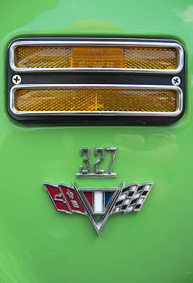 Photograph - 327 Corvette by Doug Davidson