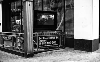 Stop Sign Images Photograph - 34th Street Herald Square Station Mono by John Rizzuto