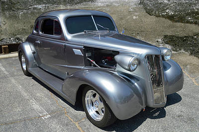 Photograph - 37 Chevy Street Rod by Bill Dutting