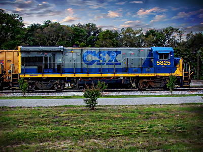 Photograph - Csx Train Engine by Anthony Dezenzio