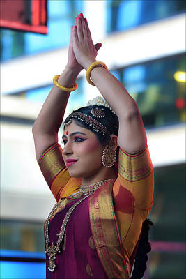 Diwali Photograph - Diwali Festival Nyc 2017 Female Classical Dancer by Robert Ullmann