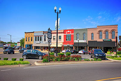 Photograph - Downtown Lebanon Tennessee Usa by Chris Smith