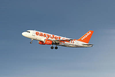 Mixed Media - Easyjet Airbus A319-111 by Smart Aviation