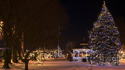 Photograph - Holiday Season In Milford, Connecticut. by New England Photography